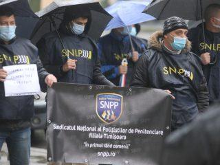 Protest-politisti-7